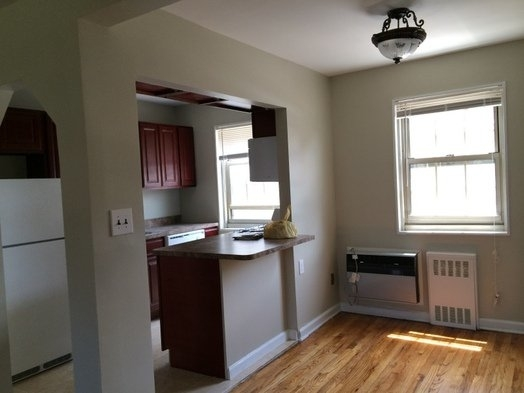 2 Bedrooms, Bay Terrace Rental in NYC for $2,250 - Photo 2
