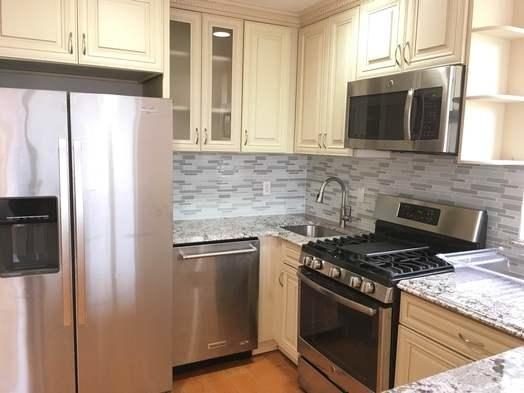 3 Bedrooms, Astoria Rental in NYC for $2,600 - Photo 1