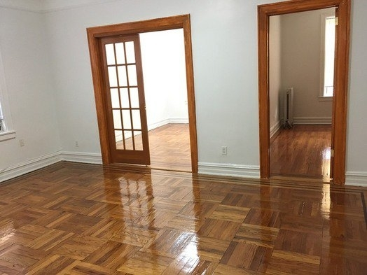 2 Bedrooms, Ditmars Rental in NYC for $2,200 - Photo 1