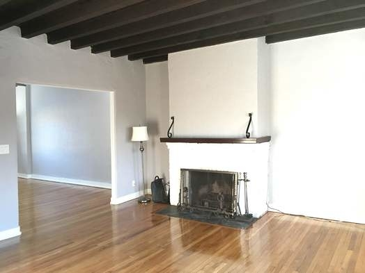 2 Bedrooms, Bayside Rental in NYC for $2,300 - Photo 1