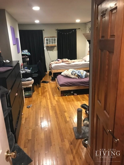 2 Bedrooms, East Village Rental in NYC for $3,999 - Photo 2
