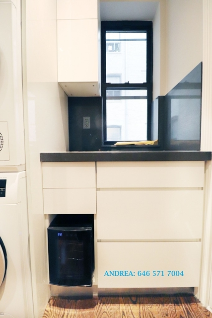 2 Bedrooms, Gramercy Park Rental in NYC for $4,427 - Photo 2