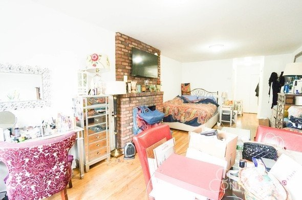 Studio, East Village Rental in NYC for $2,425 - Photo 2