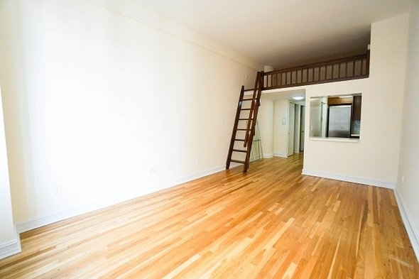 Studio, NoHo Rental in NYC for $3,150 - Photo 2