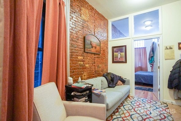 1 Bedroom, East Village Rental in NYC for $2,095 - Photo 1