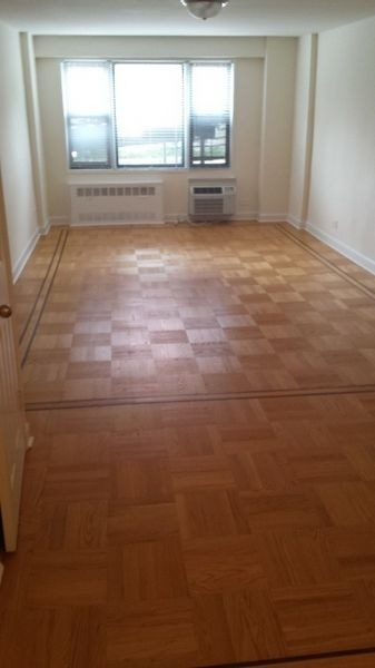 2 Bedrooms, Rego Park Rental in NYC for $2,595 - Photo 1