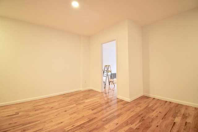 3 Bedrooms, Inwood Rental in NYC for $3,095 - Photo 2