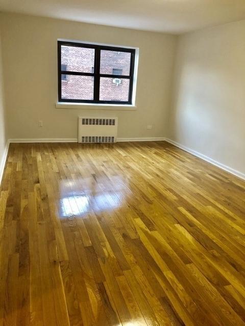 1 Bedroom, Rego Park Rental in NYC for $2,200 - Photo 2