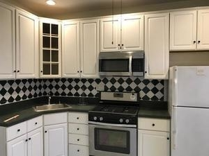 2 Bedrooms, Long Island City Rental in NYC for $2,500 - Photo 2