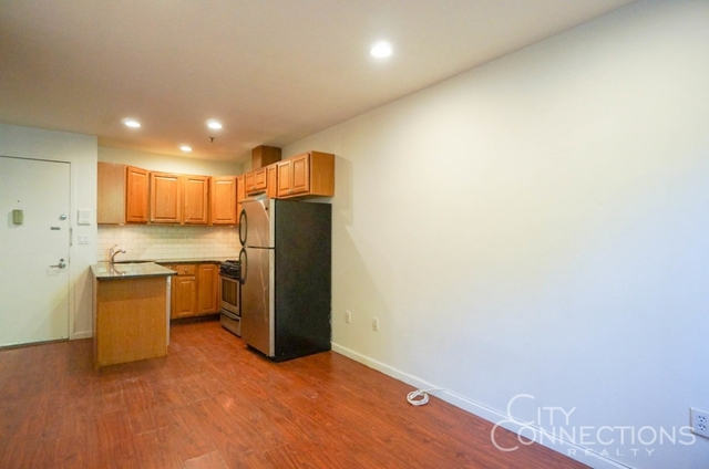1 Bedroom, Alphabet City Rental in NYC for $2,790 - Photo 2