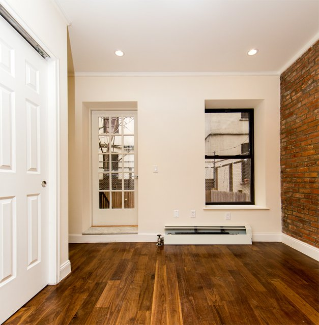 2 Bedrooms, Alphabet City Rental in NYC for $3,900 - Photo 2
