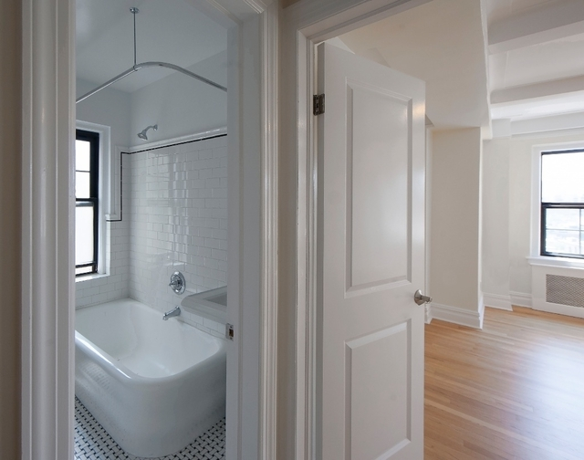 1 Bedroom, West Village Rental in NYC for $5,950 - Photo 2