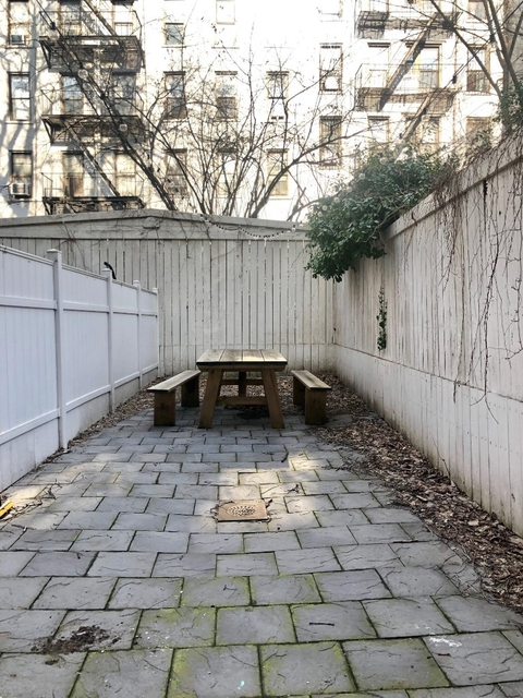 2 Bedrooms, Alphabet City Rental in NYC for $4,174 - Photo 1