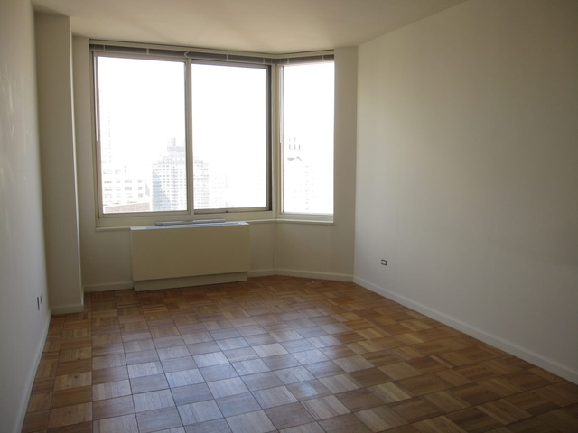 Studio, Yorkville Rental in NYC for $3,595 - Photo 1