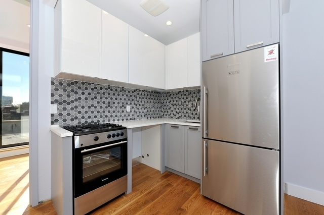2 Bedrooms, East Williamsburg Rental in NYC for $3,699 - Photo 1