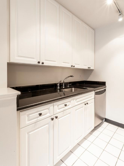 1 Bedroom, Upper East Side Rental in NYC for $3,175 - Photo 2