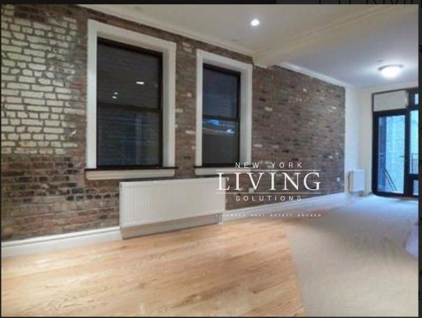3 Bedrooms, Lower East Side Rental in NYC for $5,660 - Photo 2