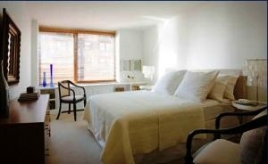 Studio, Yorkville Rental in NYC for $3,725 - Photo 1