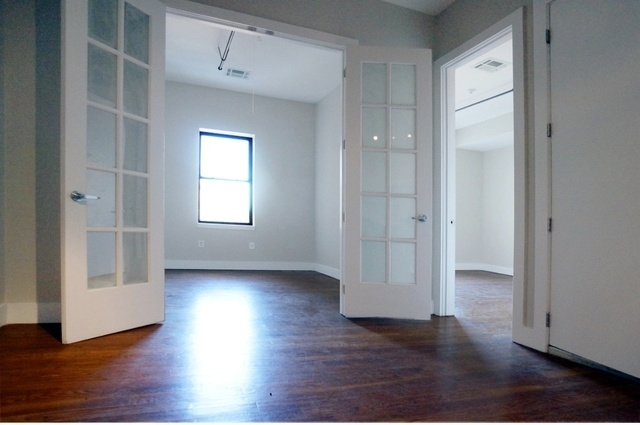 2 Bedrooms, Williamsburg Rental in NYC for $2,595 - Photo 2