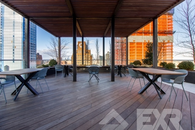 2 Bedrooms, Downtown Brooklyn Rental in NYC for $3,875 - Photo 2