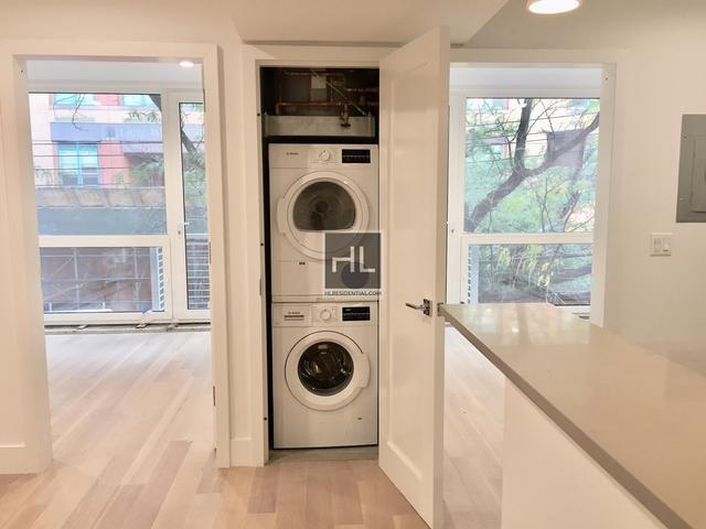 2 Bedrooms, Astoria Rental in NYC for $3,350 - Photo 2