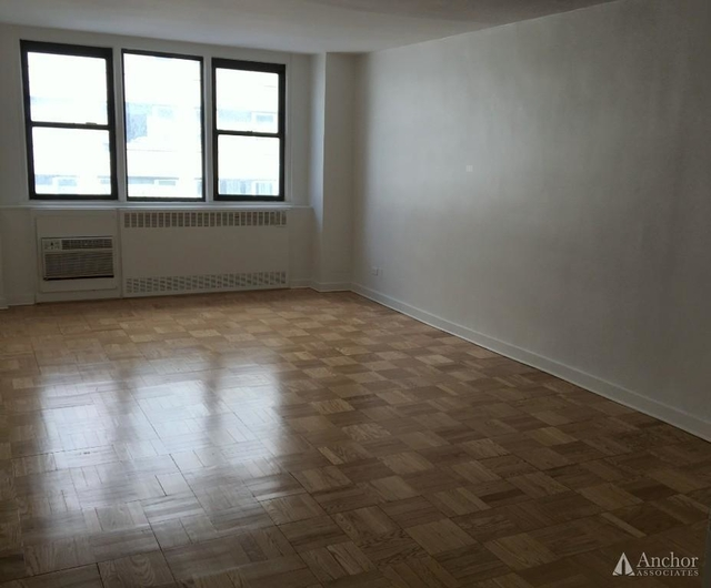 1 Bedroom, Yorkville Rental in NYC for $3,325 - Photo 2