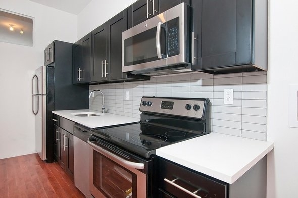 4 Bedrooms, Bushwick Rental in NYC for $3,150 - Photo 2