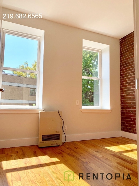 3 Bedrooms, East Williamsburg Rental in NYC for $2,623 - Photo 1