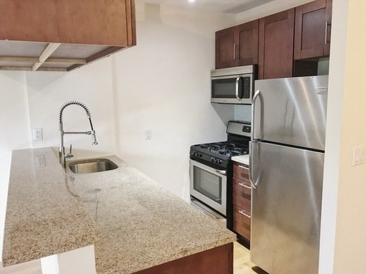 1 Bedroom, East Williamsburg Rental in NYC for $2,566 - Photo 2