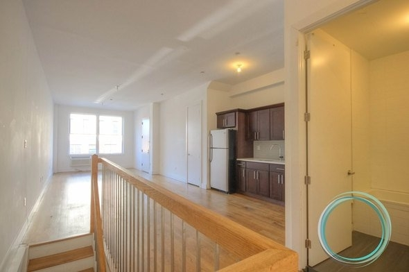 6 Bedrooms, East Williamsburg Rental in NYC for $4,500 - Photo 1