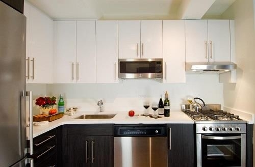 2 Bedrooms, Chelsea Rental in NYC for $4,477 - Photo 1