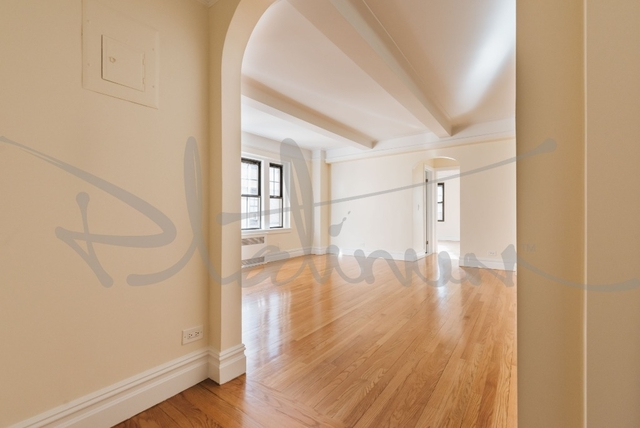 1 Bedroom, West Village Rental in NYC for $7,150 - Photo 2