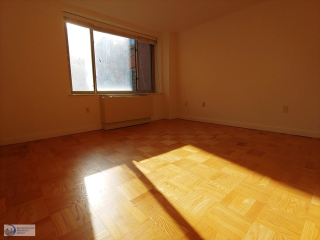 1 Bedroom, Chelsea Rental in NYC for $3,895 - Photo 2