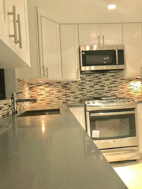 4 Bedrooms, Turtle Bay Rental in NYC for $6,238 - Photo 1