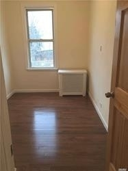 3 Bedrooms, Astoria Rental in NYC for $2,600 - Photo 2