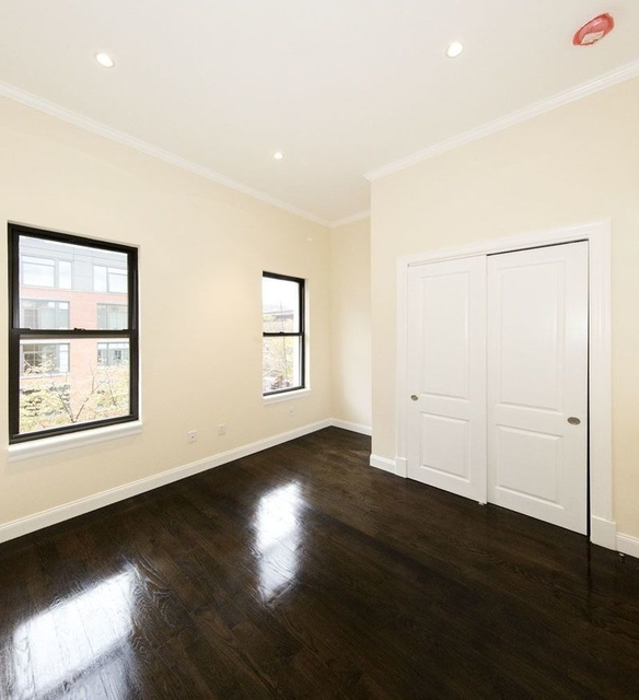 2 Bedrooms, Williamsburg Rental in NYC for $3,804 - Photo 1