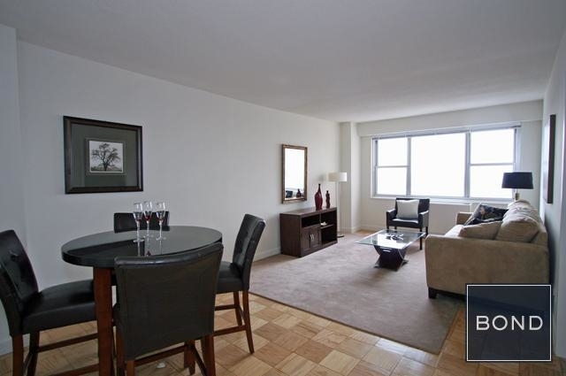 1 Bedroom, Yorkville Rental in NYC for $2,496 - Photo 1