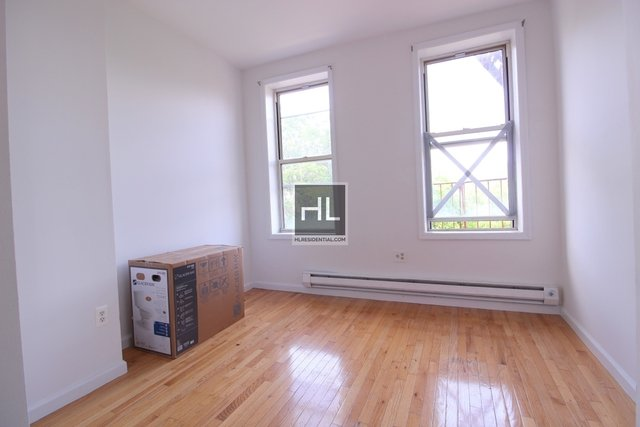 4 Bedrooms, Fort Greene Rental in NYC for $3,600 - Photo 2