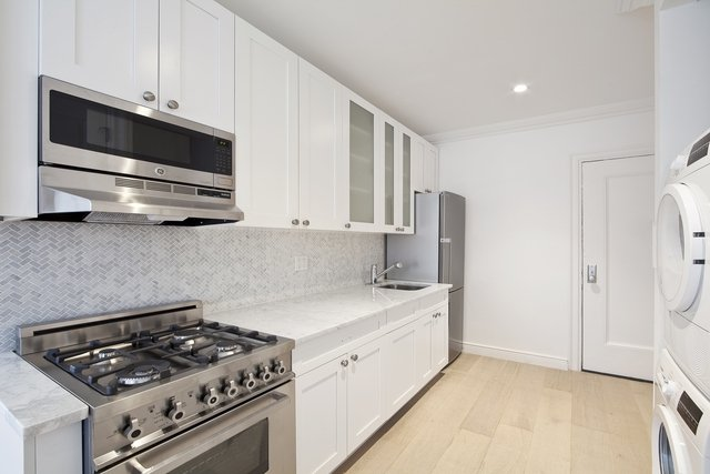 3 Bedrooms, Brooklyn Heights Rental in NYC for $5,000 - Photo 2