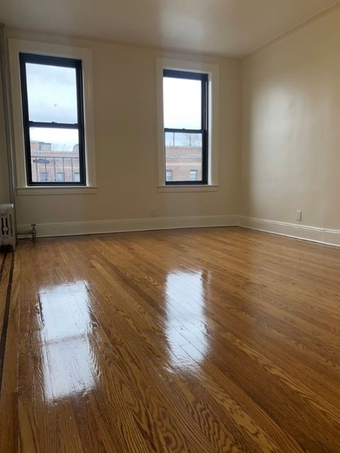 2 Bedrooms, Woodhaven Rental in NYC for $2,175 - Photo 2