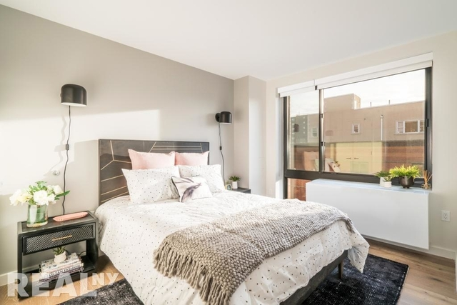 2 Bedrooms, Alphabet City Rental in NYC for $3,911 - Photo 2