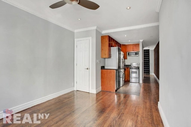 2 Bedrooms, East Village Rental in NYC for $3,989 - Photo 2