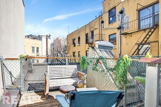 2 Bedrooms, East Village Rental in NYC for $3,989 - Photo 1