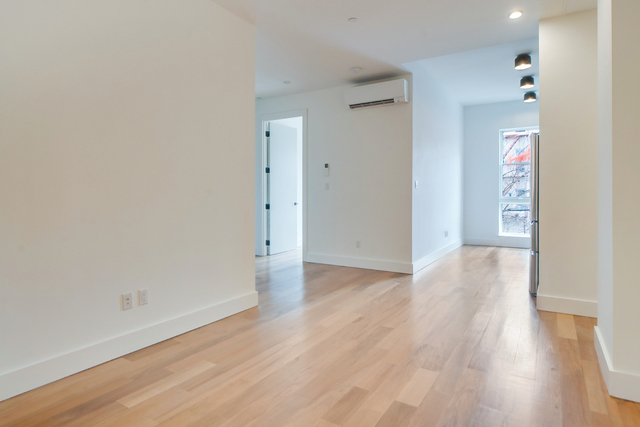 1 Bedroom, Greenpoint Rental in NYC for $3,038 - Photo 1