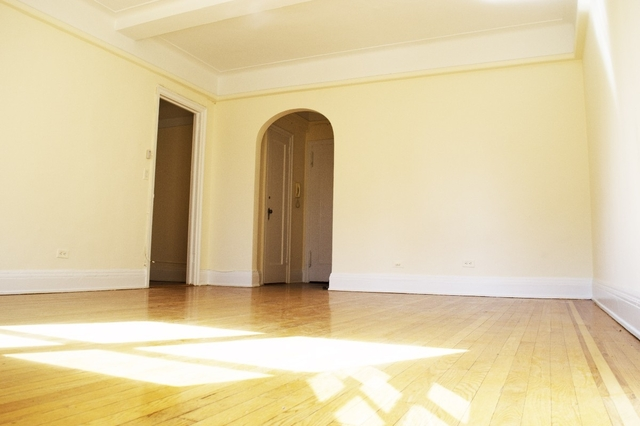 2 Bedrooms, Sutton Place Rental in NYC for $3,400 - Photo 2