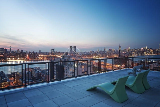 1 Bedroom, Williamsburg Rental in NYC for $3,485 - Photo 2