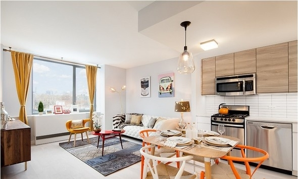 2 Bedrooms, Long Island City Rental in NYC for $3,950 - Photo 2
