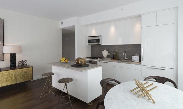 2 Bedrooms, Midtown East Rental in NYC for $7,468 - Photo 1
