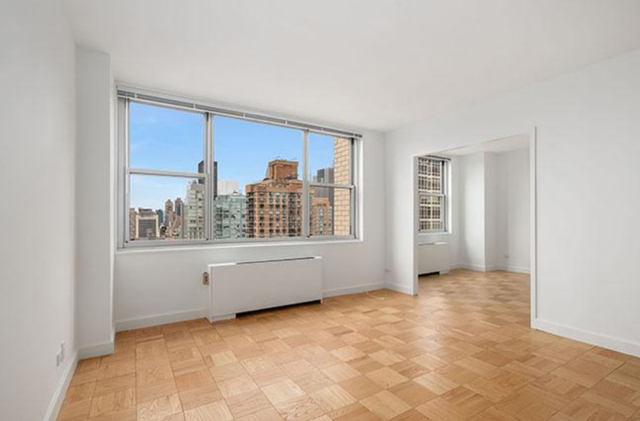 1 Bedroom, Lenox Hill Rental in NYC for $4,639 - Photo 2