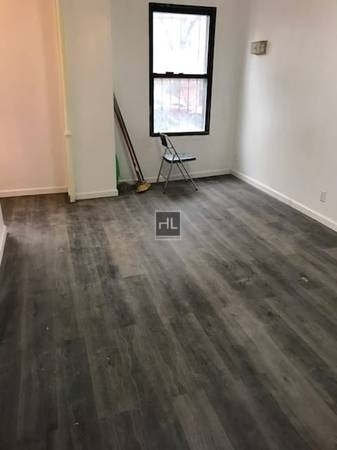 3 Bedrooms, Sunset Park Rental in NYC for $2,200 - Photo 2